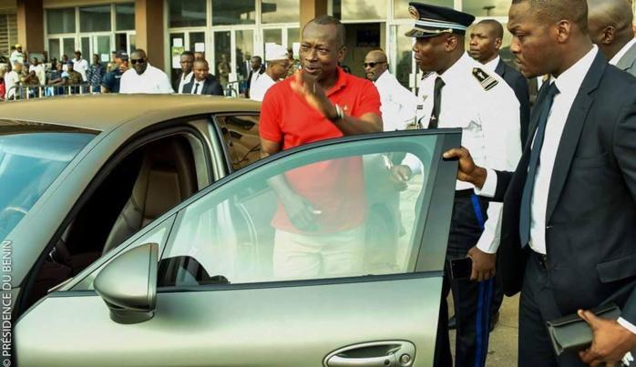 La simplicité  sans tintamarre du Président Talon du Bénin fait le buzz!