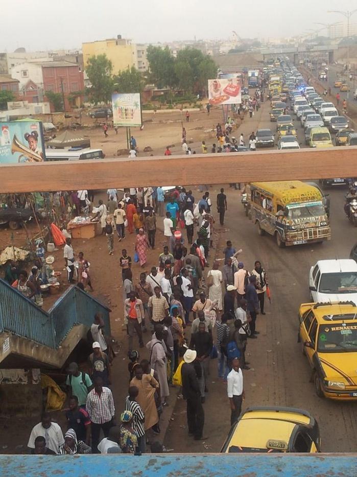 Gréve des transporteurs: les populations trinquent (Photos)
