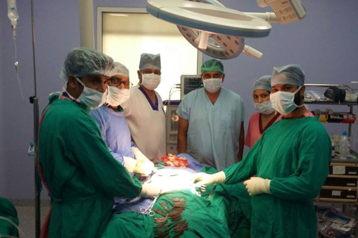INDE : Des chirurgiens retirent 40 couteaux de l'estomac d'un homme