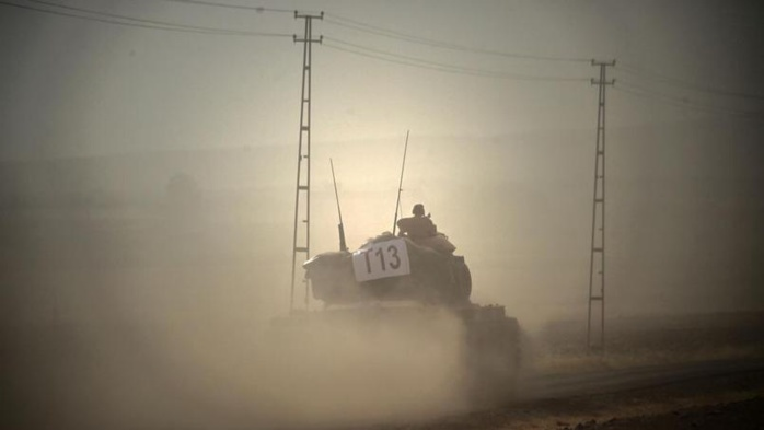 L'armée turque entre en Syrie
