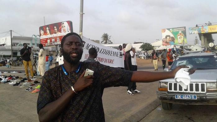 Y'en a marre fait une opération coup de poing au pont de la Patte d'oie contre l'indiscipline des sénégalais