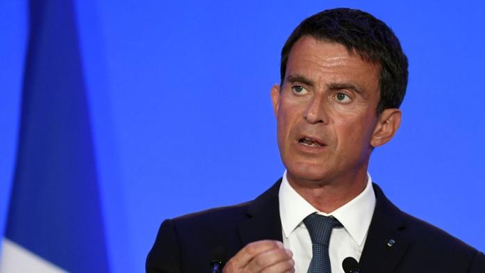 Valls toujours opposé au burkini après la décision du Conseil d'État