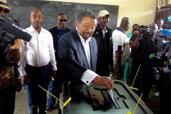Présidentielle au Gabon ce samedi : Jean Ping à l'assaut de la dynastie Bongo