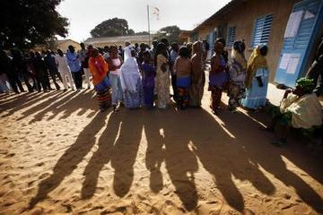 Les électeurs votent sans incident à Thiès