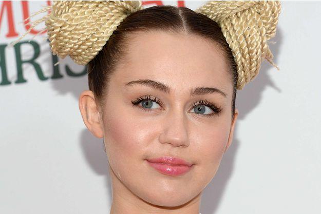 """Miley Cyrus : """"Qu'est-ce que je fous sur un tapis rouge ?"""""""
