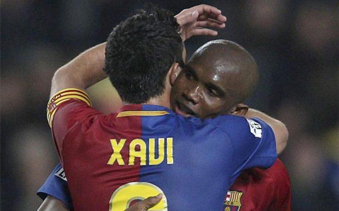 Eto'o défend Xavi contre Cristiano Ronaldo
