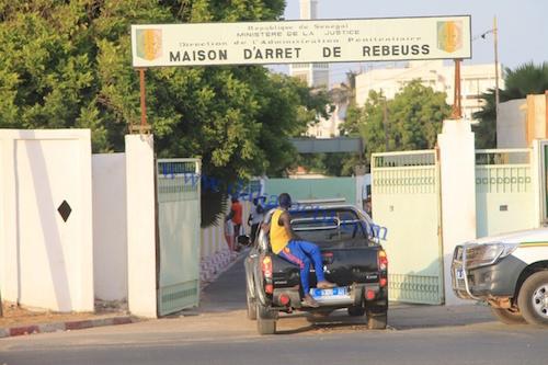 REBEUSS : La Mutinerie annoncée ce matin par les détenus dégénère