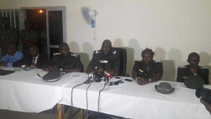 """Colonel Daouda Diop, DG de l'Administration pénitentiaire : """"un groupe d'à peu près 600 à 700 détenus, a foncé vers la porte principale pour vouloir s'évader (...) Il y a eu un mort que nous déplorons"""""""