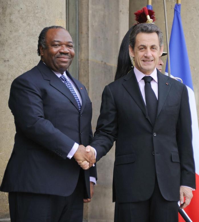 Mais pourquoi les étudiants gabonais en veulent-ils à Sarkozy ?