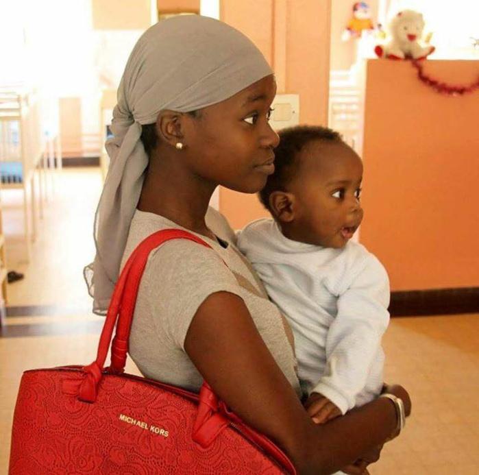 """Sophie Guèye, la """"mère Thérésa"""" avant l'heure! Elle mérite d'être soutenue dans son combat. Dakaractu endosse son combat pour soulager les enfants! Un bel exemple d'humanisme"""