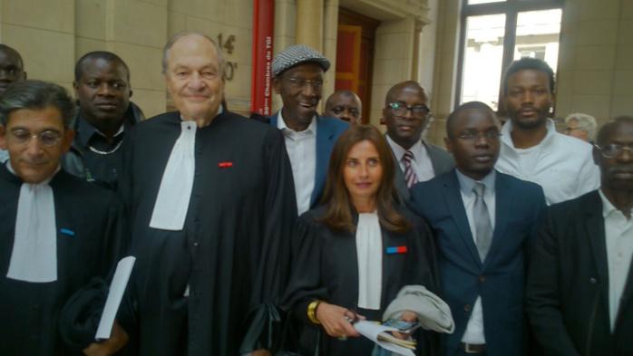 Me Michel Boyon avocat de Karim Wade et Me Corine de Bibo Bourgi à la fin du délibéré