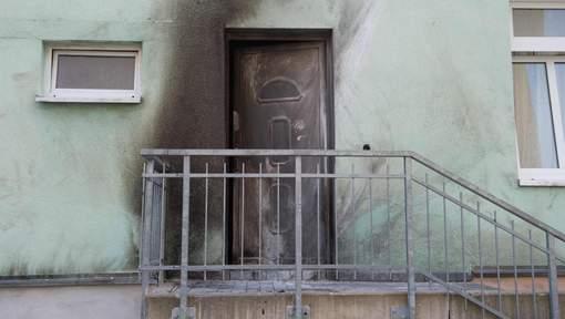 Deux attentats à la bombe en Allemagne, dont l'un contre une mosquée