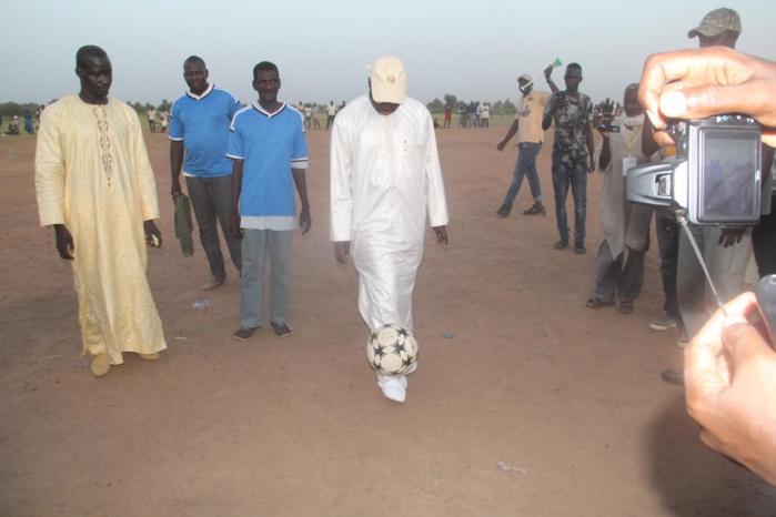 Abdou Karim Sall offre 1000 cartes CMU aux populations d'Orkadiéré