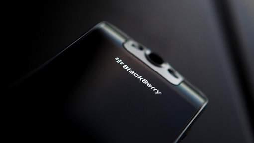 BlackBerry arrête la fabrication de téléphones et va sous-traiter