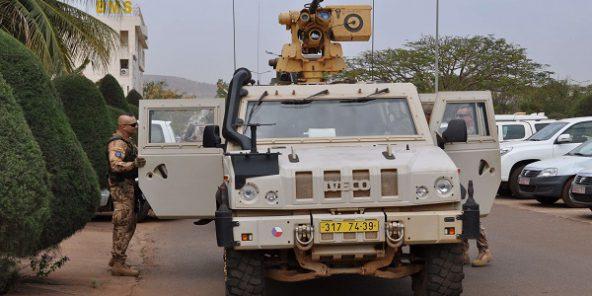 Mali : deux Casques bleus tués et huit autres blessés par un engin explosif dans le nord du pays (Jeune Afrique)