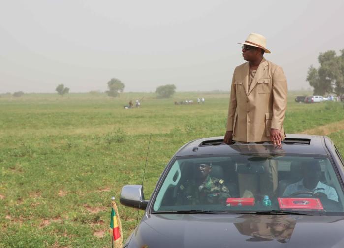 VISITE : Le président Macky Sall à Toune Mosquée dans le département de Kaffrine