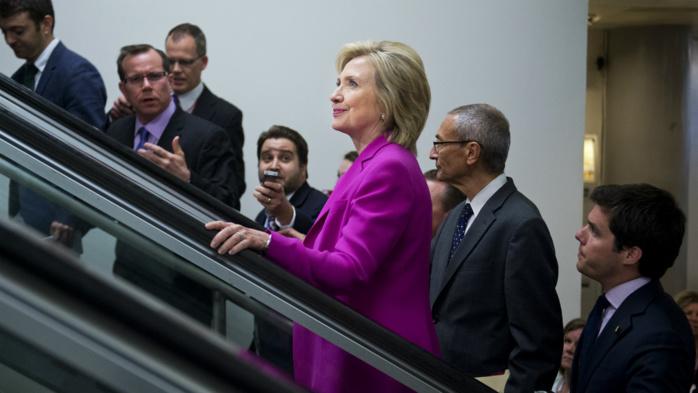 Hillary Clinton aurait pensé à Tim Cook et Bill Gates pour le poste de vice-président des États-Unis