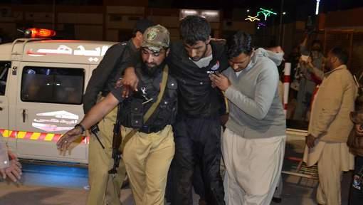 58 morts dans l'attaque d'une école de police au Pakistan