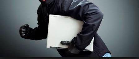 USURPATION DE FONCTION, ESCROQUERIE, VOL : Le faux journaliste vole des ordinateurs au bureau des Nations unies