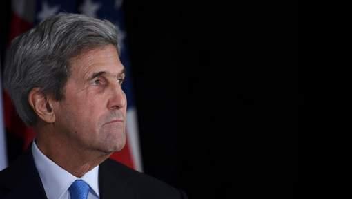 Kerry nie avoir coopéré avec le FBI sur les emails de Clinton