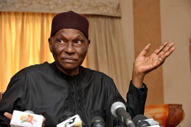 Paris : Wade apppelle à la résistance contre Macky Sall et fait des révélations sur l'hymne du Sénégal
