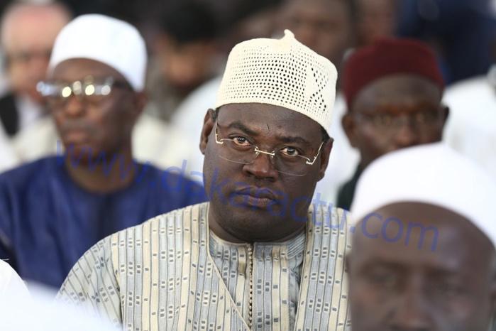 Serigne Bass Mbacké Khadim Awa Ba à la Cérémonie de clôture du Forum du Magal à Massalikoul Jinane
