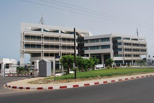 Un gré à gré de 933 millions au ministère de la santé