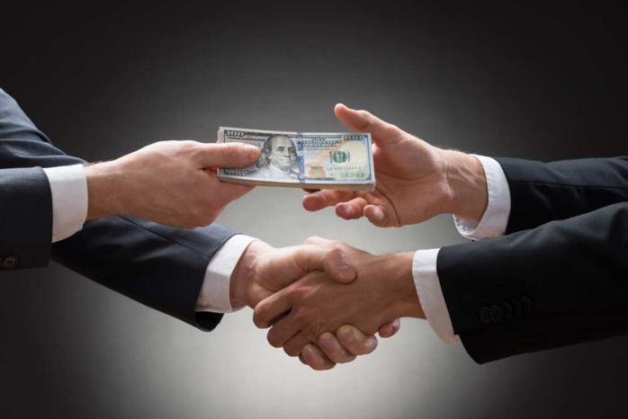 Harmodio Herra lié à deux scandales de corruption