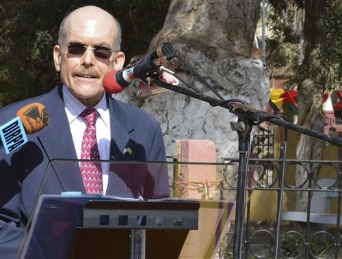 """James P. Zumwalt, ambassadeur des Usa au Sénégal : """"Il faut que la gestion du pétrole et du gaz soit transparente"""""""