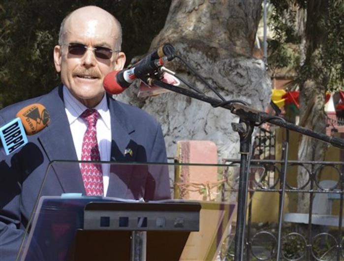 """James P. Zumwalt : """"Les USA ne sont pas en concurrence avec la France au Sénégal"""""""