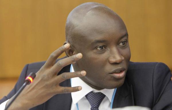 Aly Ngouille Ndiaye évoque une possible baisse du coût de l'électricité
