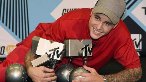 Justin Bieber rafle la mise aux MTV Europe music Awards