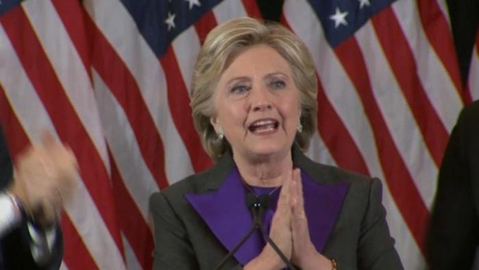Hillary a proposé son aide au président Trump