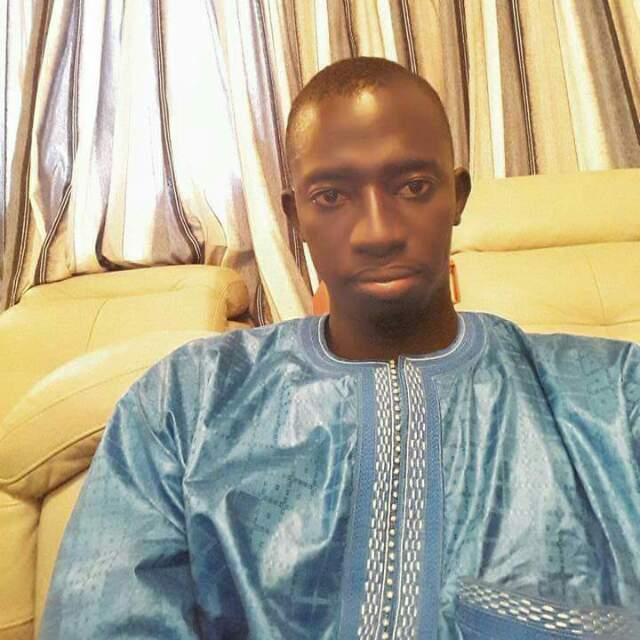 ABDOU SAMAD MATY LÈYE ( fils du Khalife) : « Cheikh Bass est plus qu'un simple porte-parole du Khalife... Nous sommes rassurés avec lui »