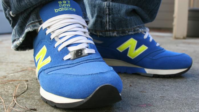 Pourquoi des Américains brûlent leurs baskets New Balance après l'élection de Donald Trump