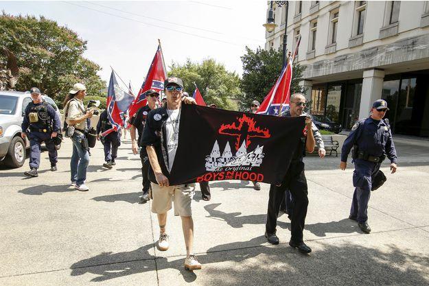 Le Ku Klux Klan défilera pour fêter l'élection de Donald Trump