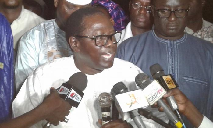 PAPE DIOP A GOUY MBAAM DESCEND MACKY : « Ses réalisations peuvent être comptées sur les doigts d'une main… Le Centre International Abdou Diouf ne vaut pas 60 milliards »