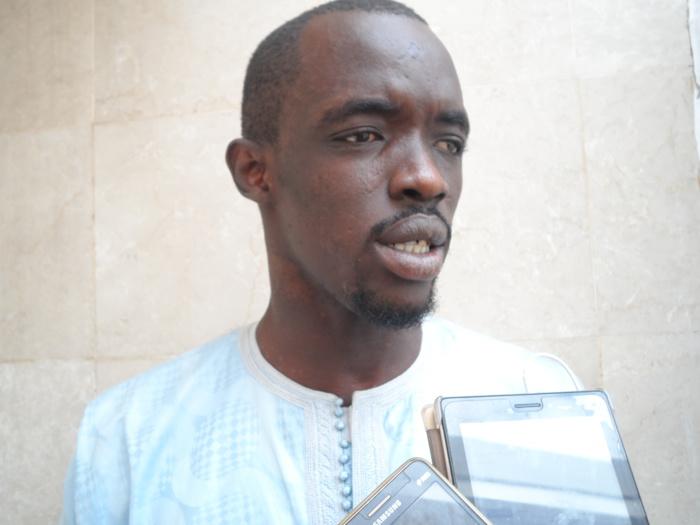 VISITE DE MACKY À TOUBA - Le fils de Moustapha Cissé Lô renonce à sa protestation et brûle ses 1 000 tee-shirts rouges