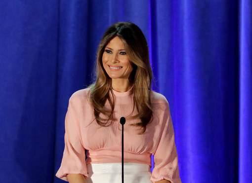 Prisée par Michelle Obama, une créatrice refuse d'habiller Melania Trump