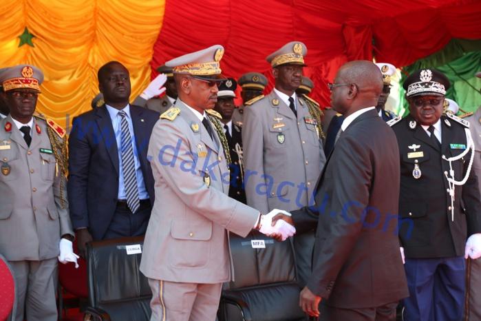Départ CEMGA Mamadou Sow : « Grâce à votre action nous entrevoyons avec confiance l'avenir » (Augustin Tine, ministre des Forces armées)