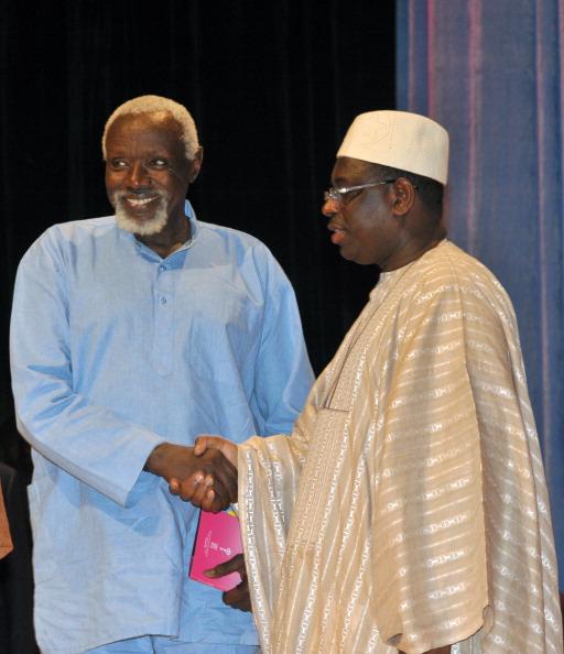 Décès de Ousmane Sow : Le président Macky Sall présente ses condoléances
