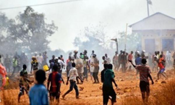 Arrestation du meurtrier de Mariama Badji : Les jeunes envahissent la gendarmerie de Bignona pour lui faire sa fête