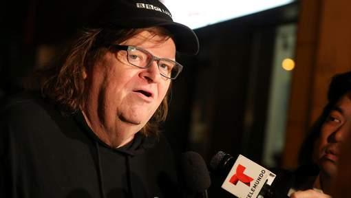 Michael Moore propose de payer les amendes des grands électeurs dissidents
