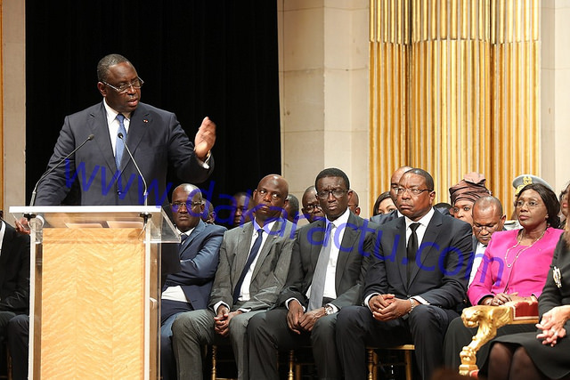 Visite d'Etat à Paris : diverses personnalités dont des ministres décorées par Macky Sall