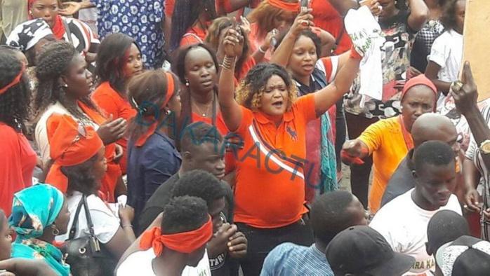 Les sympathisants de Bamba Fall assaillent le tribunal (photos)