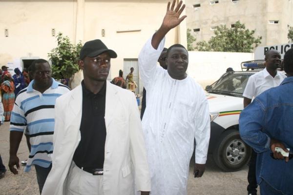 DERNIERE MINUTE : Le maire de la Médina Bamba Fall et Cie placés sous mandat de dépôt