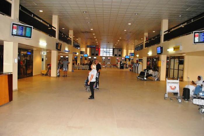 AÉROPORT LSS : Une étrangère arrêtée et remise au Bureau central d'Interpol