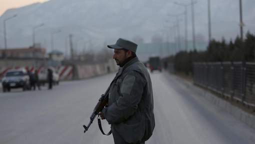 Kaboul: au moins 21 morts dans un double attentat des Talibans