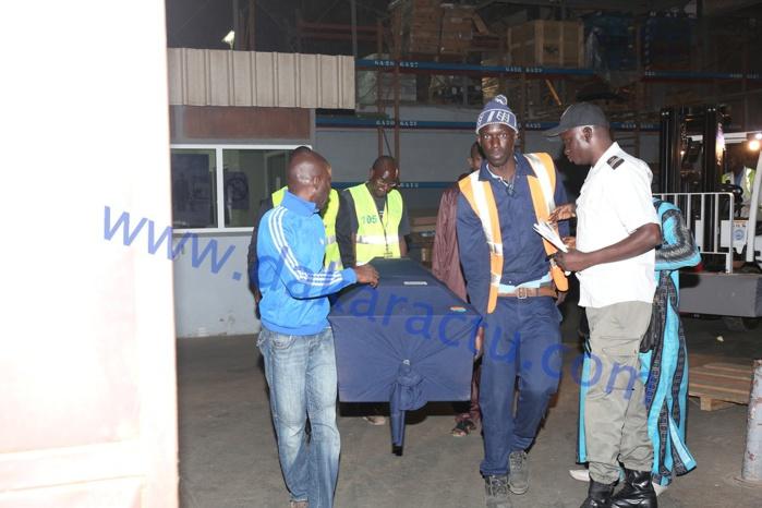 Les images de l'arrivée du corps de Aboubakry Mbodj de la Raddho à l'Aéroport Léopold Sédar Senghor