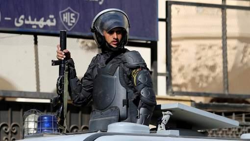 Huit policiers tués au sud-ouest du Caire